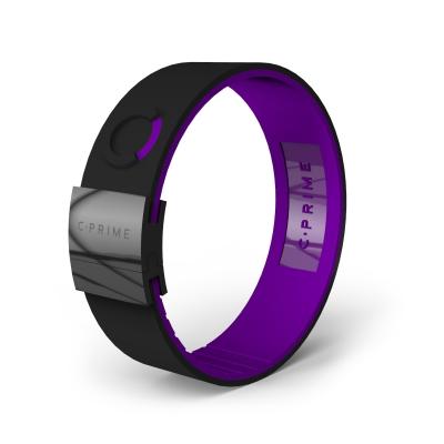black/violet/black